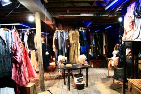 Sub Rosa – wardrobe